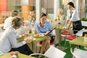 Tichetele de masa: cadru legislativ, valoare, beneficiari si cum se impoziteaza