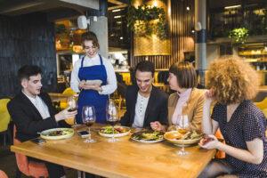 Creste profitul: 9 tehnici ce readuc clientii in restaurant