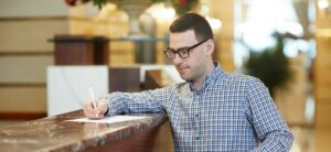 Strategii pentru hotel in vreme de criza: cum castigi clientii