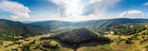 5 destinații la munte unde achiți cazarea cu tichete sau card de vacanță
