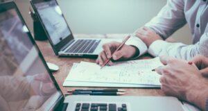 Cum creezi o strategie de afaceri eficienta in perioadele de instabilitate economica