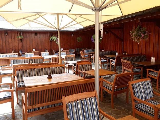 Restaurant Hermania Sibiu, terase unde se poate plati cu cardul Gusto Pass Sodexo.