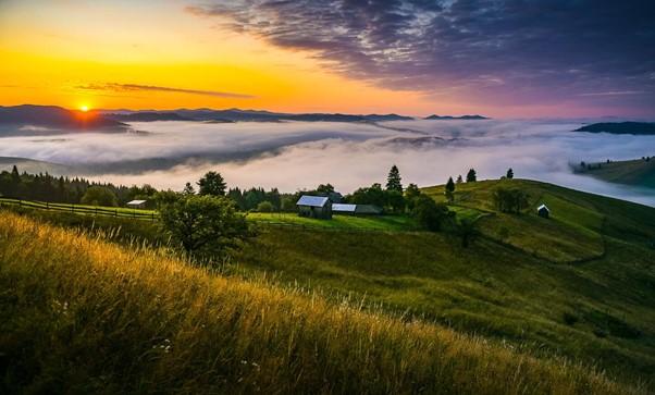 Motive sa vizitezi Moldova: rauri cetoase, vai, munti.