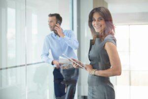 Beneficiile digitalizării pentru angajați și management