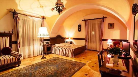 Camera interior Castel Haller Mures