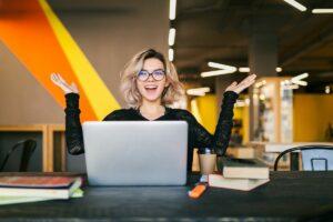 Cum te ajută promovarea afacerii online să obții noi clienți